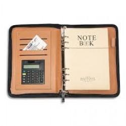 Органайзер  (кож. зам.) №16625 ( с калькулятором ) кальк не работает, поцарпана обложка