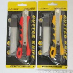 Нож канц. N5573 c доп. лезвиями 18 мм ( уп. блистер) микс цв.